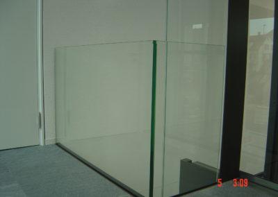 Absturzsicherung mit VSG Sicherheitsglas Glasgeländer