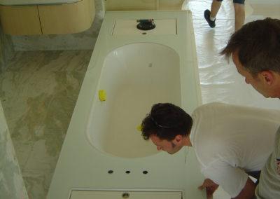 Badewanneablage aus VSG extra white