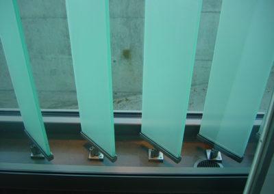 Glaslamellen. Glasstroren Glas-Sonnenschutz